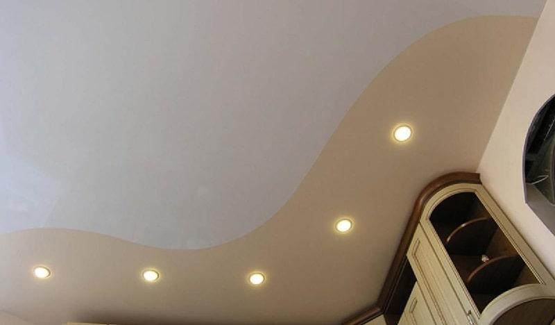 Комбинированный натяжной потолок №3