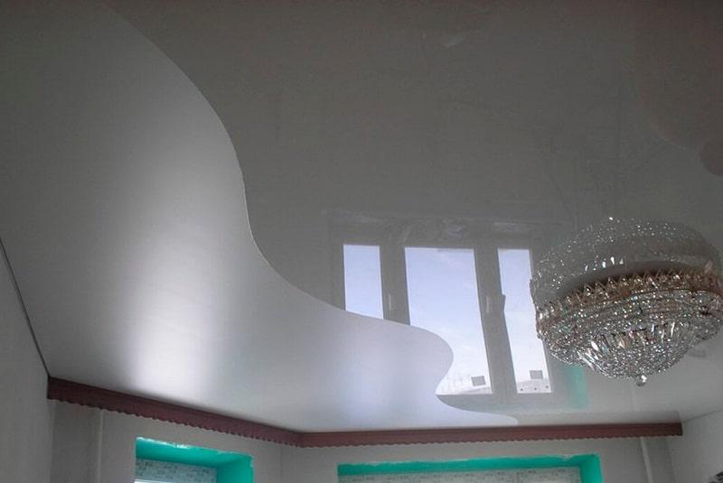 Комбинированный натяжной потолок №1