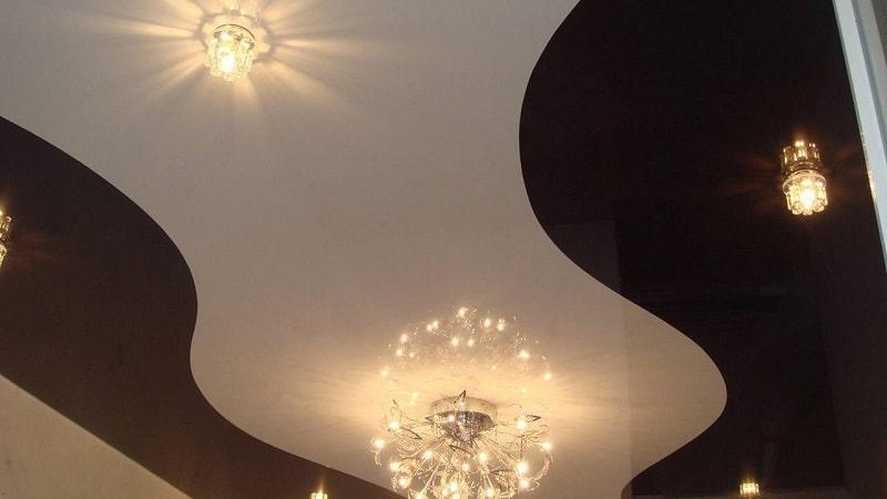Комбинированный натяжной потолок №11