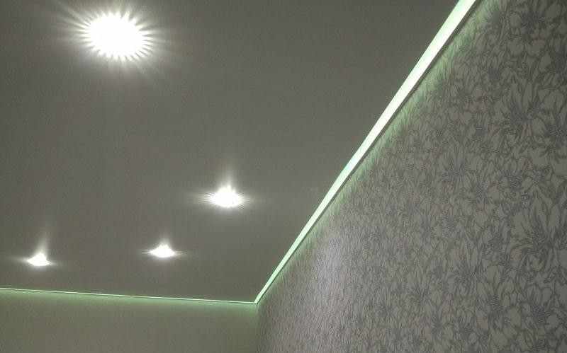 Контурный натяжной потолок №6