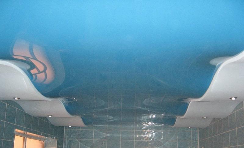 Криволинейный натяжной потолок №7