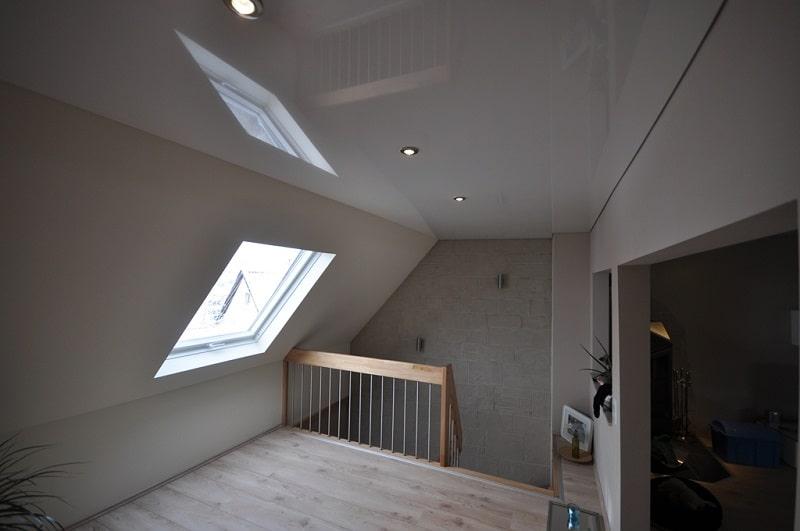 Натяжной потолок на мансарде №4