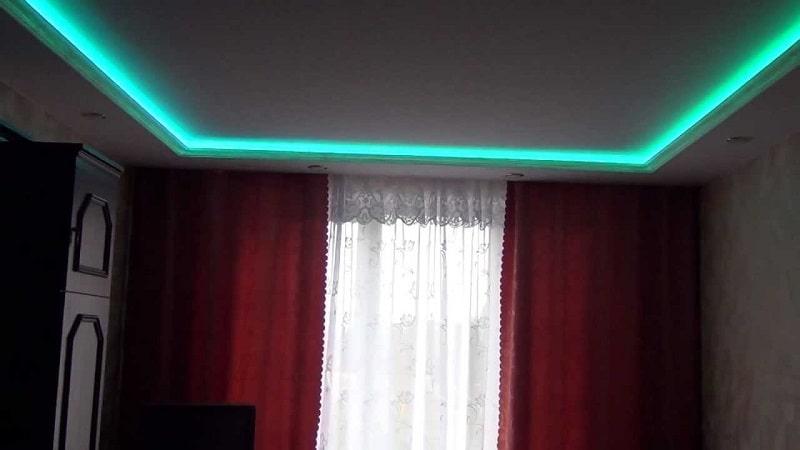 Натяжной-потолок-с-подсветкой-№5