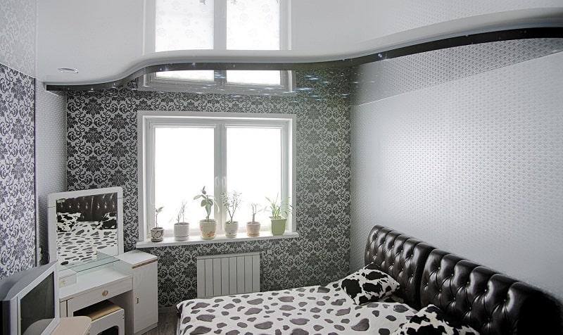 Натяжной потолок в маленькой комнате №5