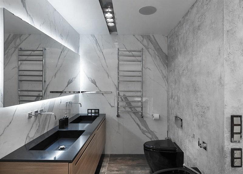 Натяжной потолок в туалете №5