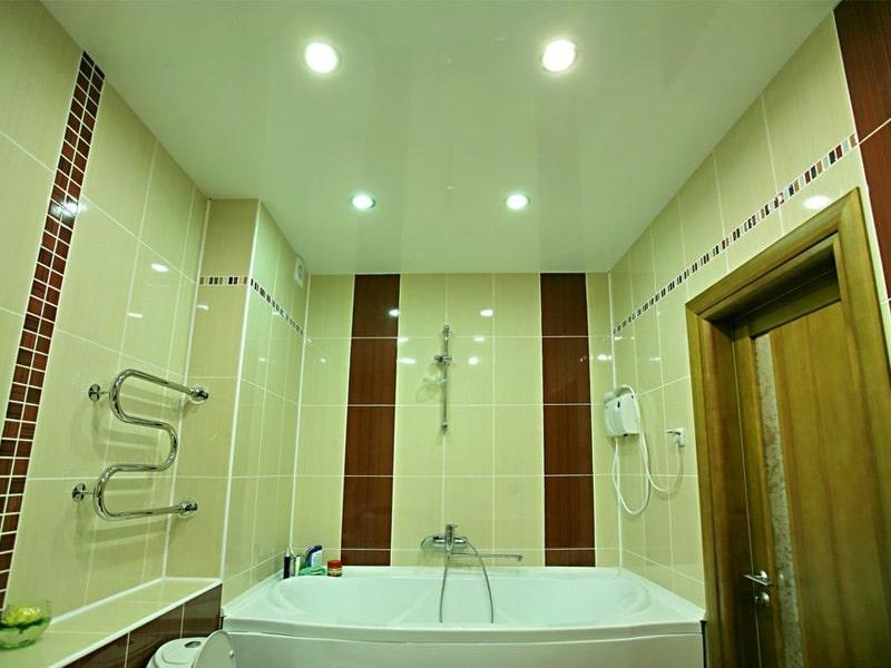 Натяжной потолок в ванной №5