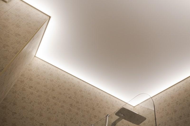 Полупрозрачный натяжной потолок №8