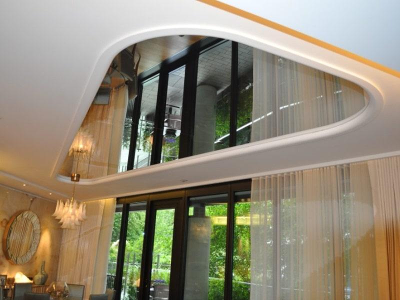 Зеркальный натяжной потолок №2
