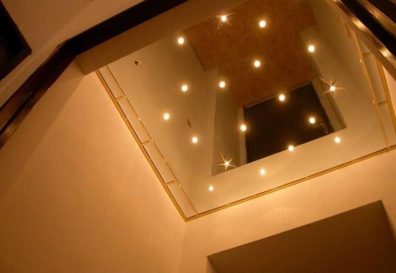 Зеркальный натяжной потолок №3